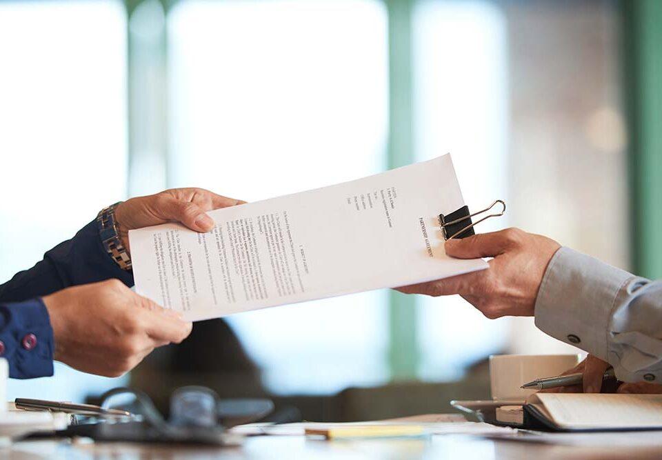 Por que a Lei do Distrato reduziu as rescisões contratuais entre comprador e construtora?